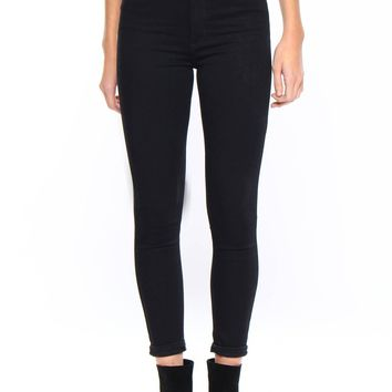Just Black Get High Petite Highwaist Skinny Jean - Black