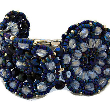 Blue beaded bracelet with Czech faceted and seed beads. Seed beads jewelry