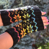 Knitted mittens/gloves black and rainbow