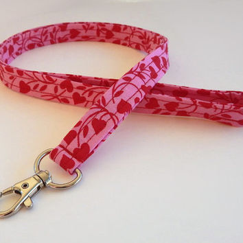 Heart Lanyard / Hearts Keychain / Pink Lanyard / Key Lanyard / Red Lanyard / ID Badge Holder / Valentine's Day / Cute Lanyard / Valentine