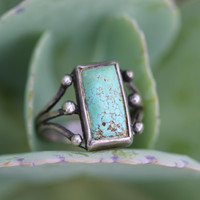 Early Navajo Raindrop Ring No. 8 Turquoise Sterling Silver