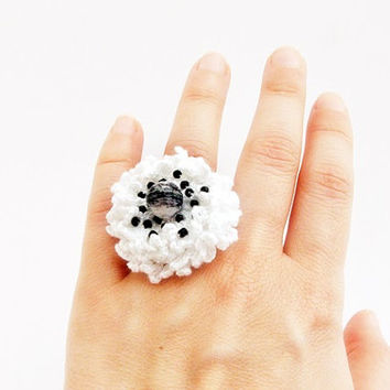 White crochet rings with black beads