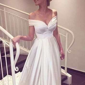 Off The Shoulder Sweetheart White Prom Dress