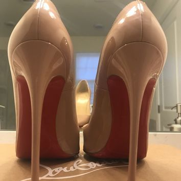 Christian Louboutin So Kate Heels In Nude Size 36.5