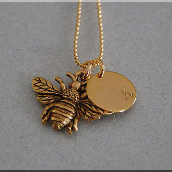 Bumble Bee Charm Necklace, Personalized Necklace, Bee Jewelry, Initial charm necklace, Gold Personalized Necklace, Queen Bee Charm