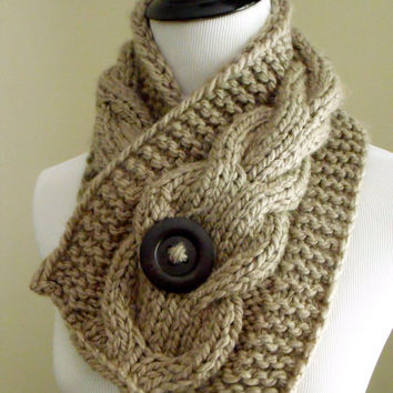 Women's Chunky Cable Knit Short Scarf in Taupe Brown with an Espresso Brown Natural Wood Button