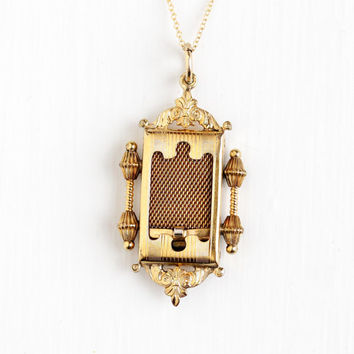 Vintage Art Deco Gold Filled Locket Pendant Necklace - Vintage 1930s Etruscan Revival Embossed Photographic Picture Jewelry , J.J. White