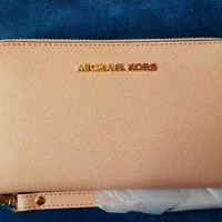 ONETOW NEW MICHAEL KORS LG PHONE CASE WRISTLET/WALLET PALE PINK $108