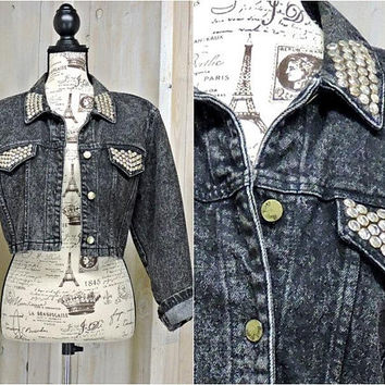 Vintage 90s Denim jacket / cropped / embellished  / stonewashed jean jacket / size XS S /  Boho / Retro / Rocker / Glam / Bling / Festival