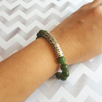 10mm Jade Beaded Bracelet with Silver Pewter Accent