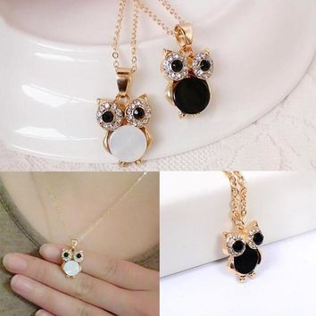 Charming Vintage Owl Pendant Rhinestone Crystal Opal Pendant Necklace