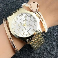 GUCCI beautiful stylish quartz watch F gold