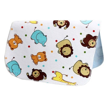 19*27 Inch Lovely Waterproof Breathable Baby Urine Pad-Lion and Dot