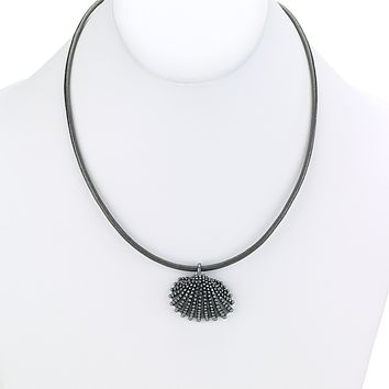 Scallop Shell Charm Short Leather Necklace