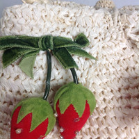 Adorable Vintage 1950s Velvet Strawberries Novelty Purse with 4 Ripe Strawberry bunches on Ivory Weave Bag