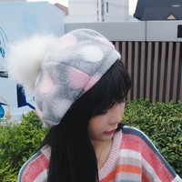Grey and pink wool beret
