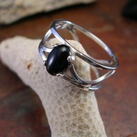 silver wave ring with black onyx | paradoxcreations - Jewelry on ArtFire