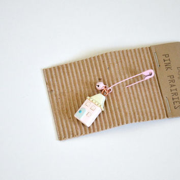 Polymer Clay Brooch /  Petite House Pin / Polymer clay Charms