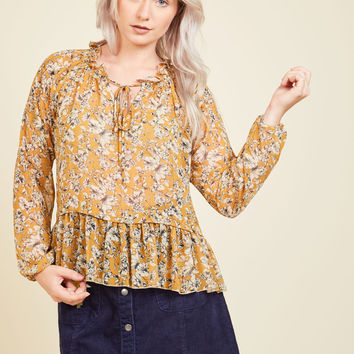 Catch a Second Whim Floral Top | Mod Retro Vintage Short Sleeve Shirts | ModCloth.com