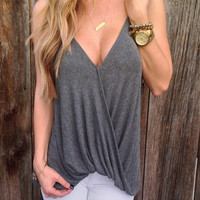 V-neck Shirring Loose  Open Back Straps T-shirt