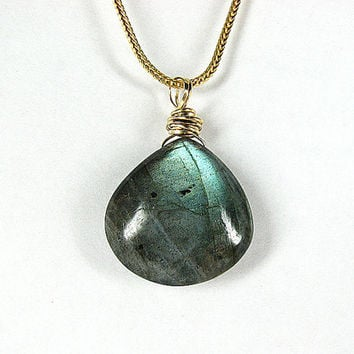 Labradorite pendant necklace  Blue green gemstone necklace Gold chain necklace Gemstone jewelry  Beaded jewelry Mothers Day