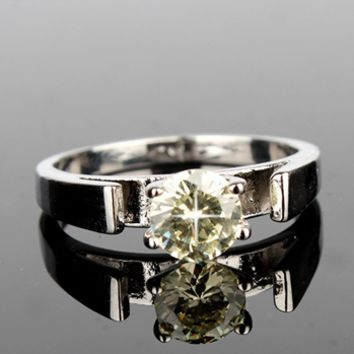 Snow White Ring