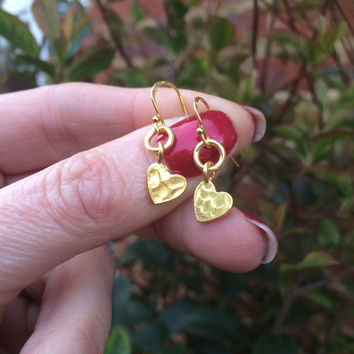 Tiny Gold heart earrings, small 24K Gold filled hammered heart earrings, simple Gold earrings, dainty gold drop earrings, Valentine jewelry