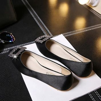 Black Point Toe Flat Rhinestone Casual Shoes