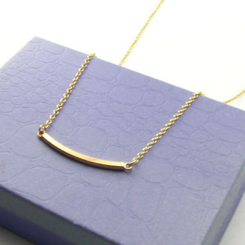 Dainty Curved Bar Necklace / Simple Everyday Necklace /14 Gold Necklaces