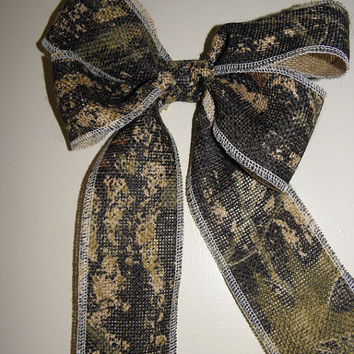 10 inch Camo bow, perfect for wedding decor or pew bows!