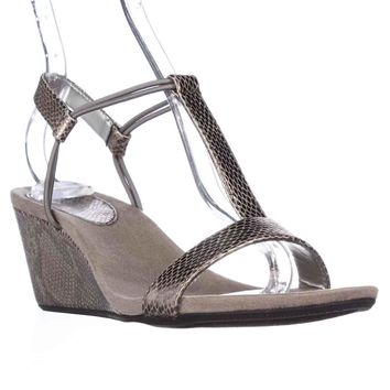 SC35 Mulan T-Strap Wedge Sandals, New Pewter, 8 US