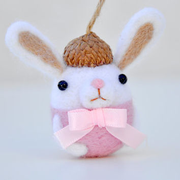 Easter bunny ornament, needle felted bunny decoration, easter decoration, easter ornament, pastel bunny ornament, needle felt animal