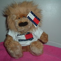 Vintage Tommy Hilfiger Lion, made by Gund-**BRAND NEW** with tags