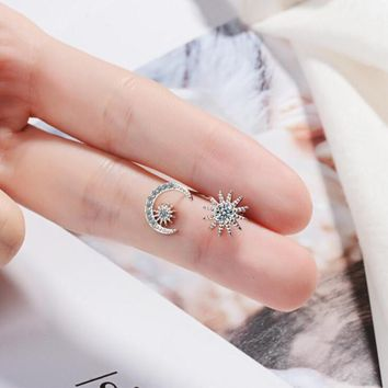 New Arrival Asymmetry Wild Fashion 925 Sterling Silver Jewelry Star And Moon Crystal Two Colors Exquisite Stud Earrings SE465