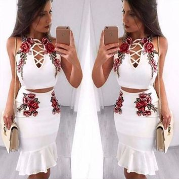 ICIKN6V Sexy Fashion Straps Floral Embroidery Chest Lace Up Type Hollow Falbala two piece Dress