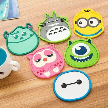 DCCKL72 1 Piece silicone dining table placemat coaster kitchen accessories mat cup bar mug cartoon animal drink pads