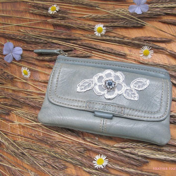 leather coin purse, zipper pouch,  light blue, sailor purse, nautical purse, blue wallet, vintage wallet, silver flower, bohemian gypsy