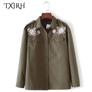 TXJRH Retro Boyfriend Style Floral Embroidery Shirt Epaulet Turn-down Collar Pockets Trendy Women Blouse Top Military Army Green