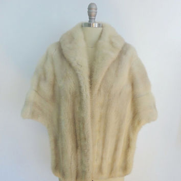 Mink Stole / Vintage Fur / Winter White Silver / Shawl Wrap / 1940s 1950s / Wedding / Mid-Century Mad Men