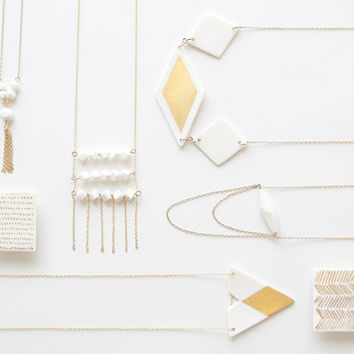 N a ï a - Simple geometric jewelry -  white porcelain necklace & fine gold - Triangle and diamond shaped - Eleïa Collection