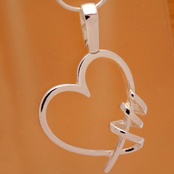 Great Sterling Silver Original Design Heart Pendant 925 Hallmark Lovely Charm Beautiful Marvelous Incredible Impressive Handmade Handcrafted