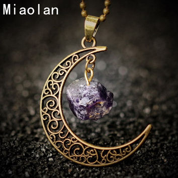 Vintage Moon Necklace Jewelry