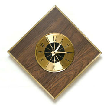 "Mid Century Seth Thomas ""Verve"" Wall Clock, Gold Faux Walnut Square Hanging Clock, Made in USA, E685-171"