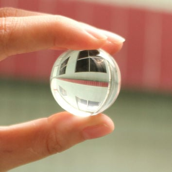 Clear Asian Quartz feng shui ball Crystal Ball Sphere Fashion Table Decor Good Luck Ball Healing Ball Sphere 40mm 30mm