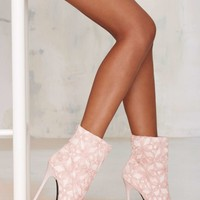 Nasty Gal Your Place Lace Heel - Pink