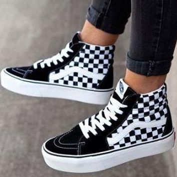 Vans Old Skool Classics Leisure Skate shoes  Sneaker Two-style Optional(high tops low tops) Black White Tartan Plaid