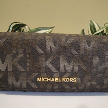 MICHAEL KORS JET SET TRAVEL CARRYALL WALLET BAG BROWN MK SIGNATURE $168