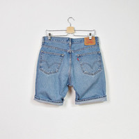 90s LEVI'S 505 Denim Shorts / American Denim Workwear / Size W33