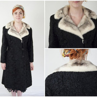 Vintage 50s Persian Astrakhan Lamb real fur Ladies coat Black Pearl Mink collar