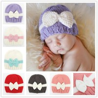 CROCHET PATTERN Newborn girl hat Baby photo outfit pattern Hat with bow Knit Infant beanie Handmade gift Photo Prop 1pc H829